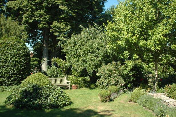 Gartengestaltung h vermann wensin for Schmalen garten gestalten